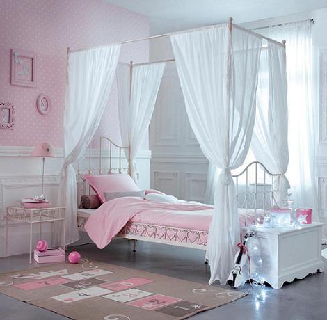 cama con dosel para habitaci n de ni a. Black Bedroom Furniture Sets. Home Design Ideas