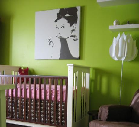 Habitación de bebé en verde