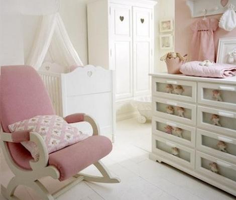 habitaciones bebe rosa cajones