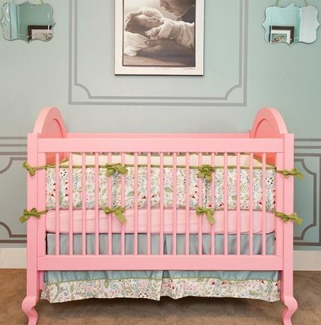 habitaciones bebe rosa cuna