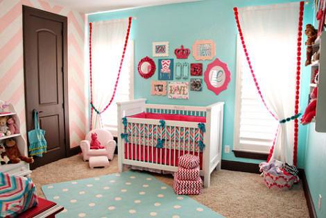 Habitación bebé femenina