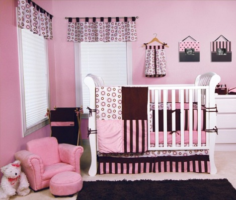 habitacion bebe rosa negro