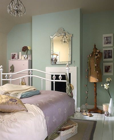 C mo se puede decorar una habitaci n juvenil con estilo for French antique bedroom ideas