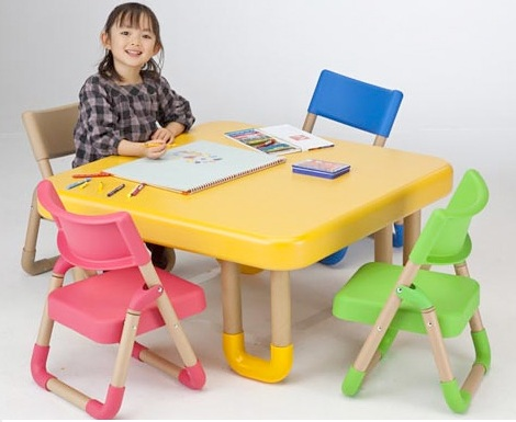 sillas infantiles colore reciclable