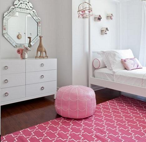 alfombra nina rosa