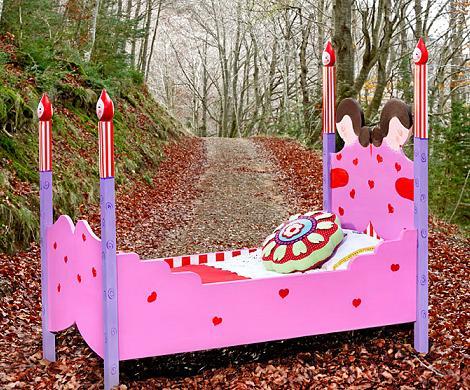 camas infantiles originales corazones
