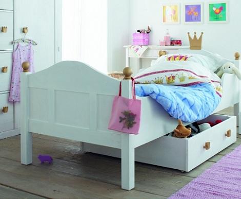 camas princesas pomos