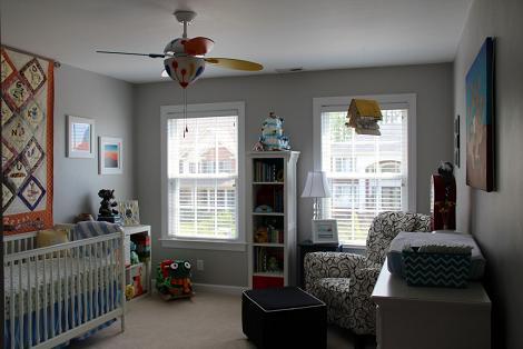 Dormitorio del bebé en gris