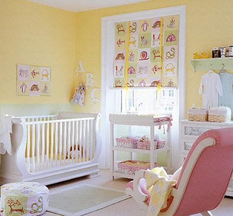 Pintar la habitación del bebé de amarillo