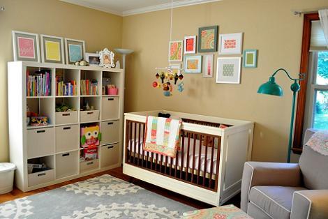 Habitación de bebé ecléctica
