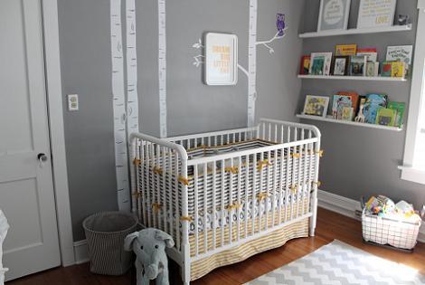 Habitación de bebé gris