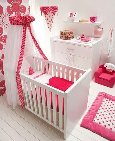 habitacion bebe princesa lunares