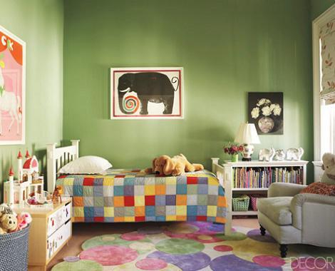 Habitación verde de niña