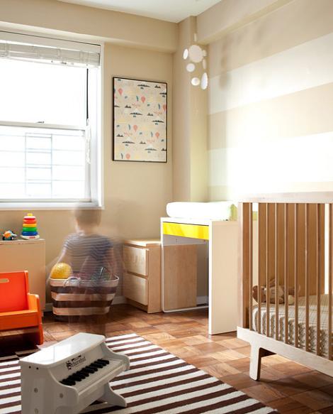 Beige dormitorio infantil