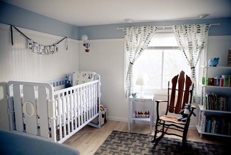 Habitación bebé con cortinas