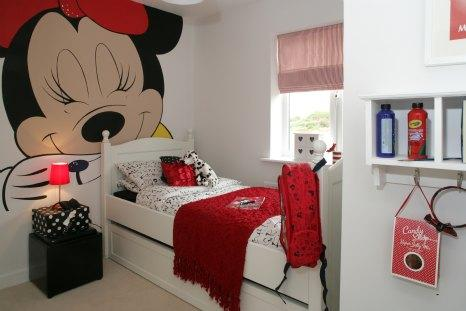 habitacion minnie mouse mural