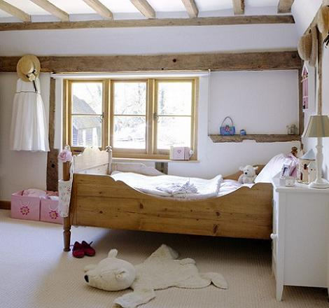 Habitación rústica para niños