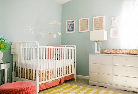 Dormitorio turquesa bebé