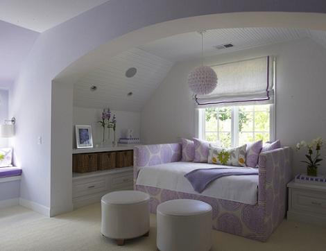 Habitación lila blanco