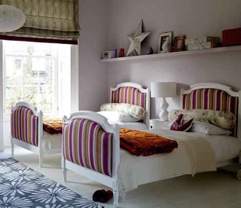Habitación lila para niñas