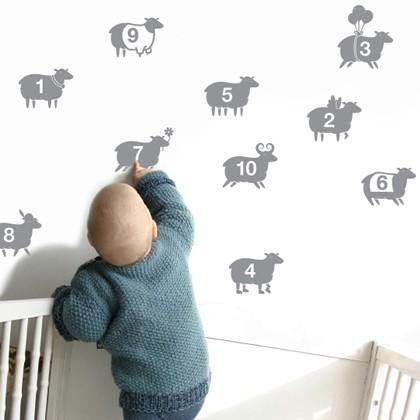 Vinilo de ovejitas para el bebé