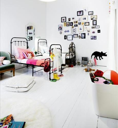 Dormitorio para niña en blanco