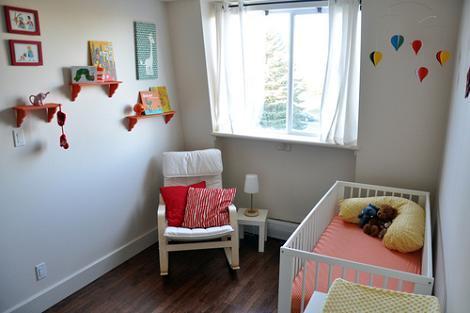 Dormitorio de bebé escandinavo