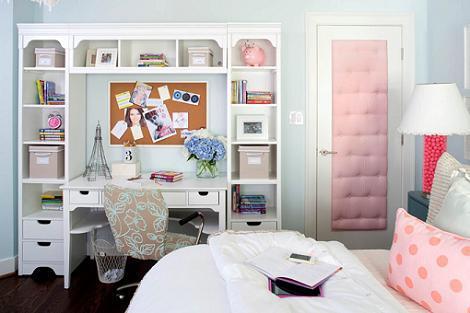 Dormitorio azul de niña