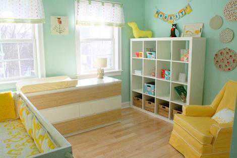 Dormitorio amarillo y turquesa