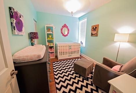 Dormitorio azul de bebé