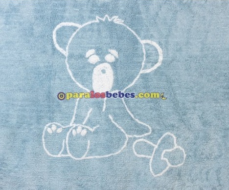 alfombra azul con dibujo de oso para habitación de bebé